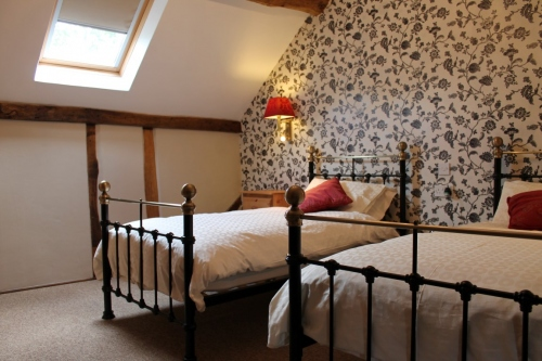 Shropshire Self-Catering Accommodation near Wales - Twin Bedroom